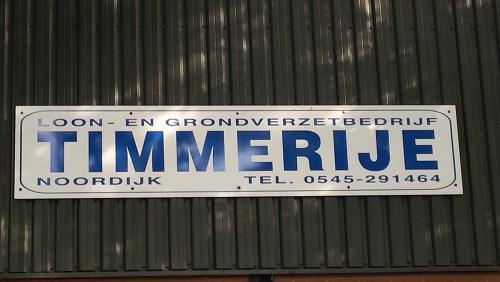 Timmerije loon- en grondverzetbedrijf in Noordijk.